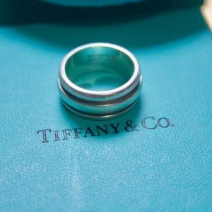 Tiffany & Co. Wedding band BFF